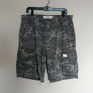 Levi's Cargo Camo Shorts